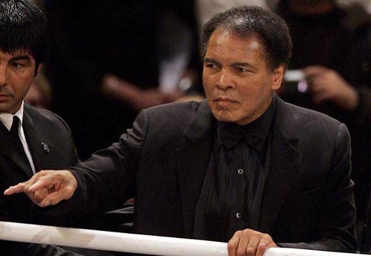 La muerte del gran Muhammed Alí, estremeció al deporte mundial en general. El ex pugilista falleció a la edad de 74 años.(AP)