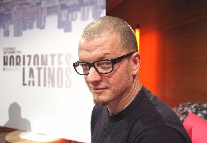 Rodrigo Plá y su película 'Un Monstruo de Mil Cabezas', fueron seleccionados para competir en la Sección Horizontes del Festival Internacional de Cine de Venecia, en la foto Rodrigo en un evento de filme. (biosstars-mx.com)