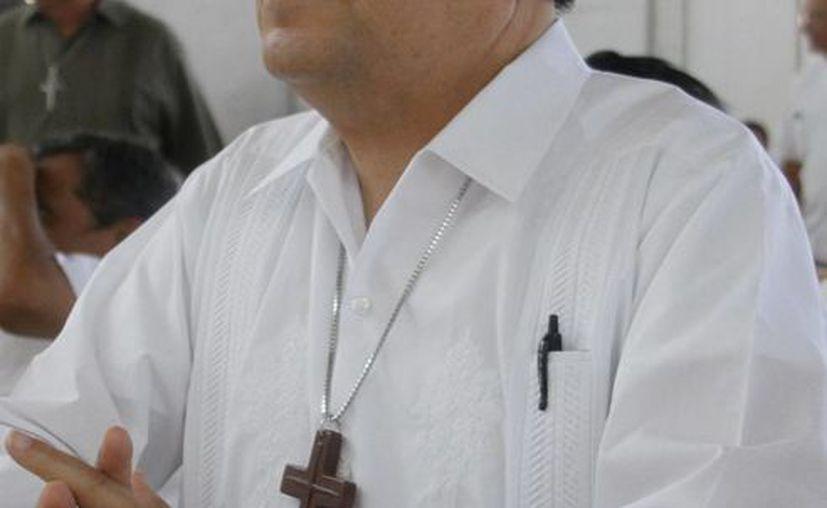 El Arzobispo Gustavo Rodríguez Vega, quien se reunió este jueves con presbíteros, visitará este viernes a presos y a enfermos. (SIPSE)