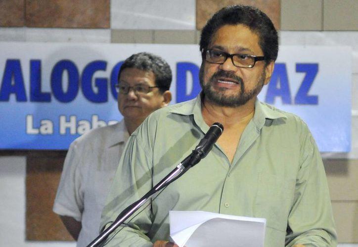 """El jefe guerrillero calificó de """"realmente grave"""" el asunto del que se le acusa al expresidente. (EFE)"""