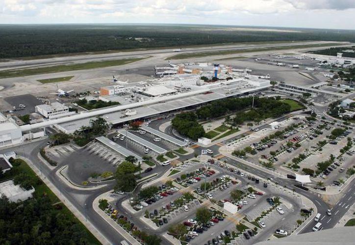 El Aeropuerto Internacional de Cancún  recibió 2.1 millones de pasajeros.  (Cuartooscuro).