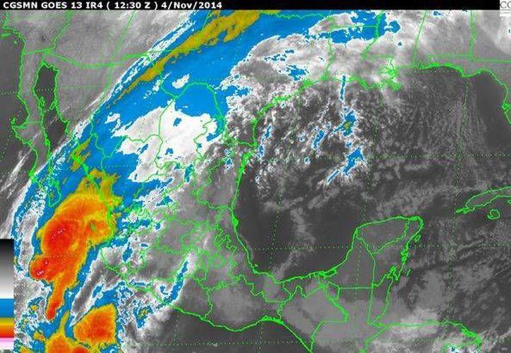 Imagen de satélite de la Conagua, que muestra la ubicación del huracán Vance  y el frente frío 10 en la República Mexicana, este 4 de noviembre de 2014. (conagua.gob.mx)