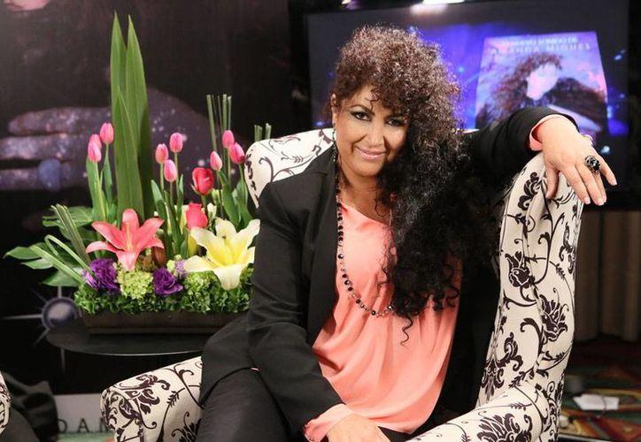 La cantante Amanda Miguel lanzó un nuevo sencillo, durante la transmisión del programa 'Parodiando', de Televisa. La imagen es de archivo (NTX)