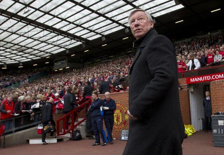 Sir Alex Ferguson dirigirá por por última vez al Manchester United este domingo. (Agencias)