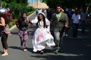 Zombies toman las calles de Mérida