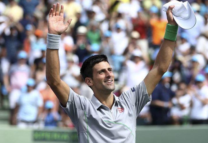 Sólo 1,920 puntos separan al serbio Novack Djokovic del español Rafael Nadal, quien se encuentra en la cima del ranking de la ATP. (Agencias)