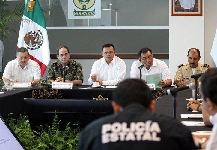 El gobernador Rolando Zapata Bello en la segunda reunión de seguridad en la región oriente del Estado. (Milenio Novedades)