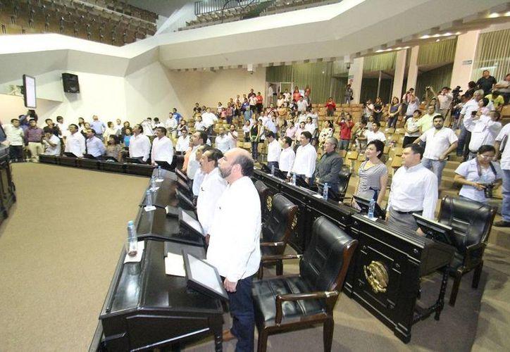 Diputados de Yucatán en la última sesión del tercer periodo ordinario. (SIPSE)