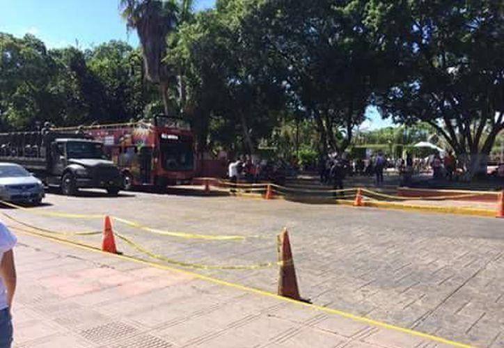 Los cruces peatonales de las calles 62 entre 61 y 63, y el de la calle 60 entre 61 y 63., en el centro de Mérida, han sido inhabilitados a partir de hoy. (Fotos de Jorge Acosta/SIPSE)