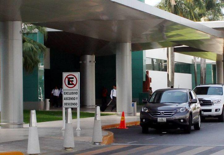 Abren hoy muestra fotográfica en el Aeropuerto Internacional de Mérida. (Milenio Novedades)