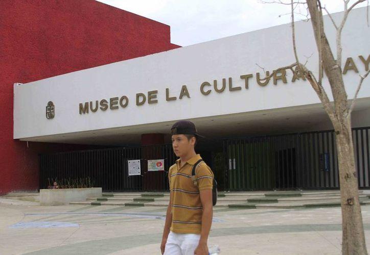 La ruta considerará el Museo de la Cultura Maya, Museo de la Ciudad, Museo del Faro y el edificio de las Artes, entre otros. (Harold Alcocer/SIPSE)