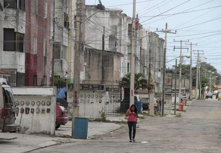 El año pasado arrancaron de nuevo con Mejoravit, beneficiando a más de 500 familias en Quintana Roo.  (Tomás Álvarez/SIPSE)
