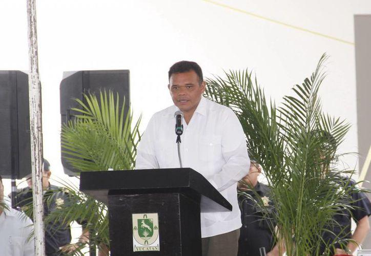 El Gobernador firmó ayer el convenio de coordinación y colaboración institucional en materia de seguridad pública. (Juan Albornoz/SIPSE)
