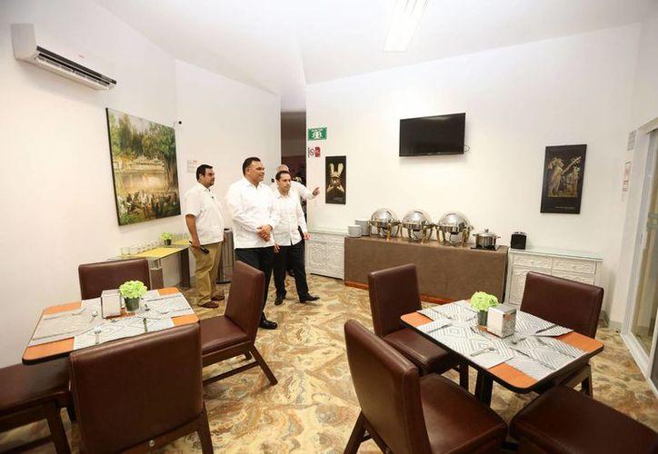 Este jueves la cadena de centros de hospedaje Zar abrió un hotel en Mérida. En la capital yucateca están en proceso de construcción o ampliación 19 hoteles. (Foto cortesía del Gobierno)