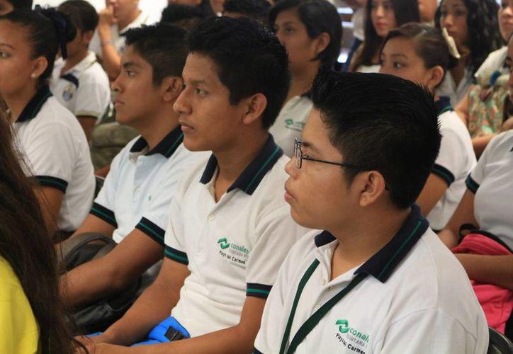 Los estudiantes de Conalep serán los primeros en participar en el programa 'Trayecto Técnico'. (Adrián Barreto/SIPSE)
