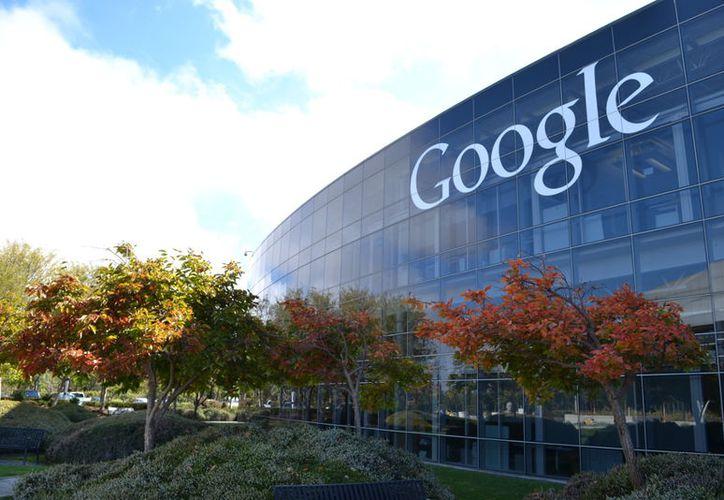 Google filtrará contenido 'ofensivo' para mejorar los resultados de cada búsqueda. (santiagobarrionuevo.com)