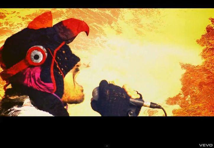 'Olita de altamar' fue filmado en Perú con instrumentos autóctonos como la zampoña y el tambor para un ritmo de influencias andinas. (Youtube oficial)