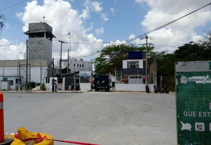 En el Cereso de Cancún se ubican los líderes que manejan la compra y venta de droga. (Redacción)