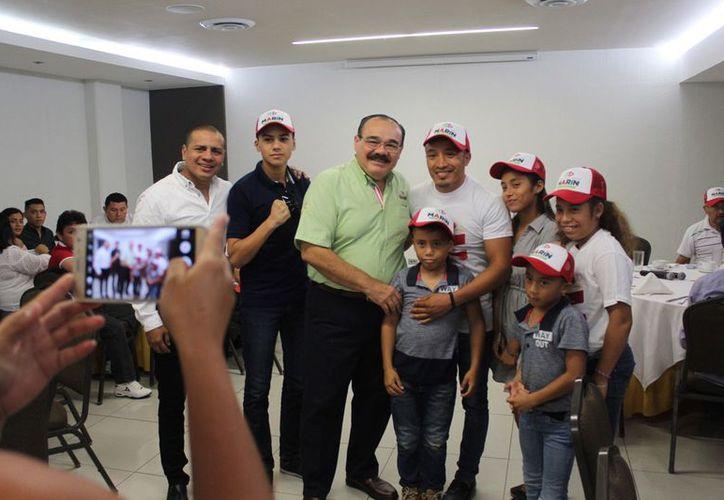 Queremos campeones que sean ejemplo de vida, subraya el aspirante de Todos por México. (Milenio Novedades)