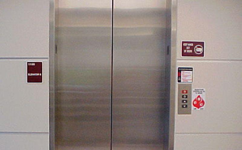 Encuentran muerto en un ascensor a anciano que desapareció por un mes