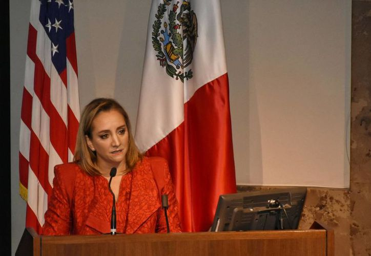 La secretaria de Relaciones Exteriores, Claudia Ruiz Massieu, rechazó que la estrategia para combatir el discurso antimigrante que prevaleció en la contienda con haya fallado. (Archivo/EFE)