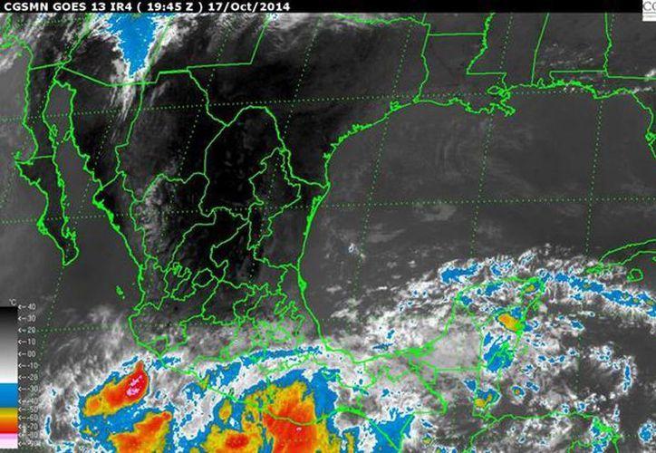 El sistema, que podría convertirse en ciclón tropical, se ubica a 225 kilómetros al sur-sureste de Acapulco, Guerrero. (Conagua.com)