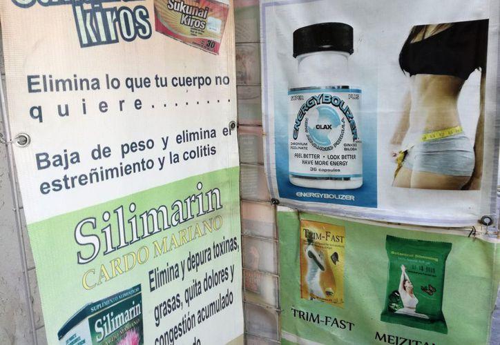 Algunas tiendas de herbolaria ofrecen productos prohibidos que pueden causar daños severos. (Foto: Ivett Y Coss)