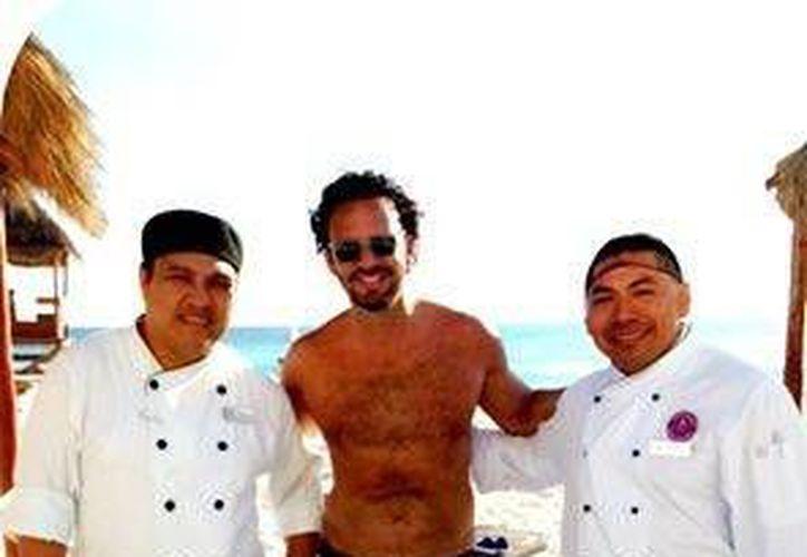 El famoso cocinero mexicano, fue visto en un hotel del destino. (Agencias/SIPSE)