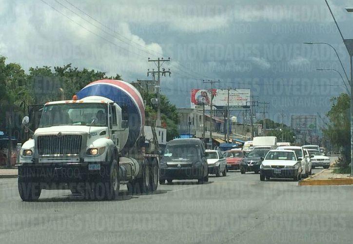 Se registran problemas de movilidad debido al crecimiento acelerado del municipio. (Luis Soto/SIPSE)