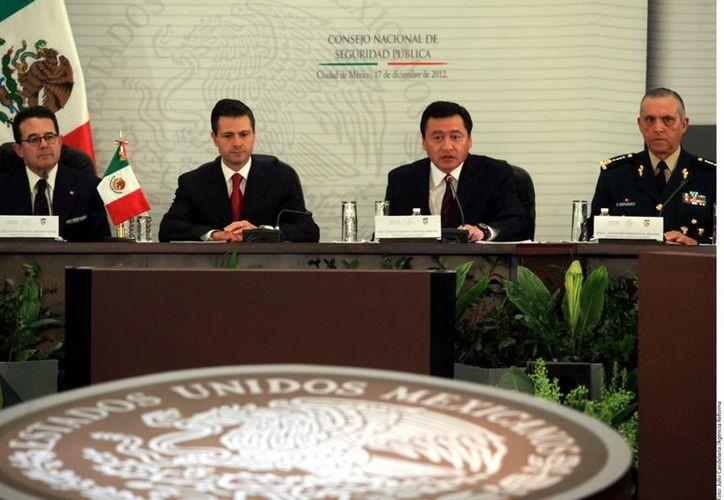 Peña Nieto presidió la Segunda Sesión Extraordinaria del Consejo Nacional de Seguridad Pública. (REFORMA)