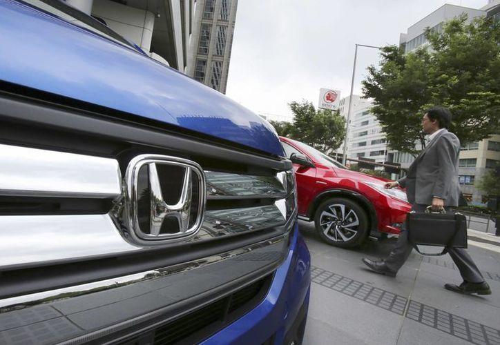 El año pasado, Honda fabricó alrededor de 250 mil vehículos en México, de los cuales más de la mitad fueron exportados a EU. (AP/Koji Sasahara)
