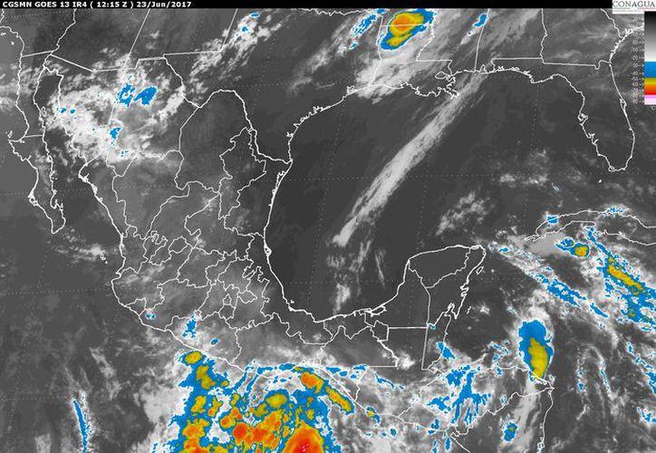 Prevén un cielo medio nublado, con 60% de probabilidad de tormentas puntuales fuertes en la región. (Imagen de satélite).