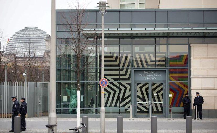 La información recopilada en la embajada de EU en Berlín se enviaba directamente a Washington. (EFE)