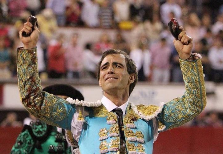 El torero mexicano, Arturo Macías (imagen), será el padrino del peruano Andrés Roca Rey cuando éste confirme su alternativa en el cartel 19 de la Plaza México. (Imagen tomada de estoenlinea.oem)