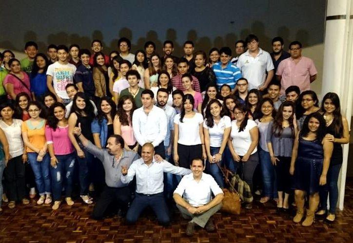 Ha sido nutrida la participación en el concurso 'El Canto Universitario'. (SIPSE)