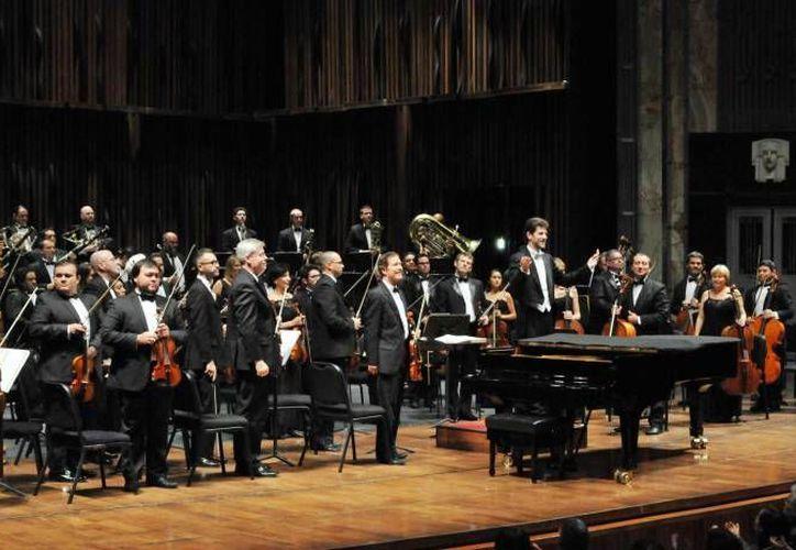A través del programa Sintonízate, la Orquesta Sinfónica de Yucatán (OSY) apoya la educación de los jóvenes yucatecos. (SIPSE)