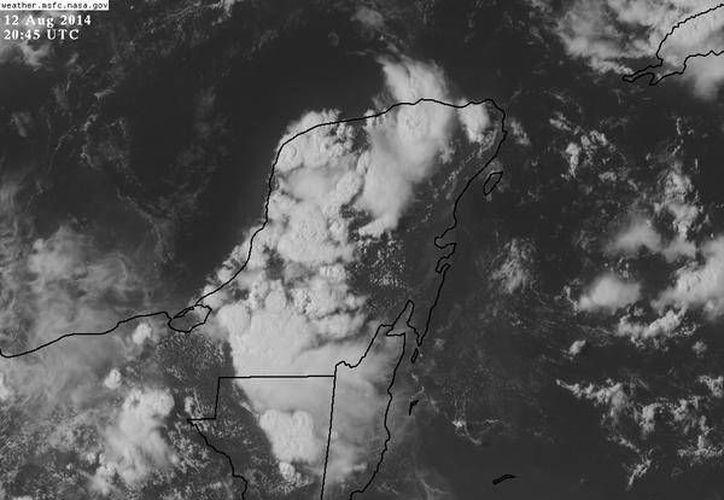Nubes de tormenta sobre la Península de Yucatán. (Conagua)