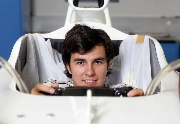 El piloto mexicano Sergio Pérez, Checo, declaró que el circuito de Montreal es uno de sus favoritos. En la foto, en enero, en la Ciudad de México, durante la presentación del auto con el que los pilotos de la escudería Force India correrían esta temporada. (goldeoro.mx)
