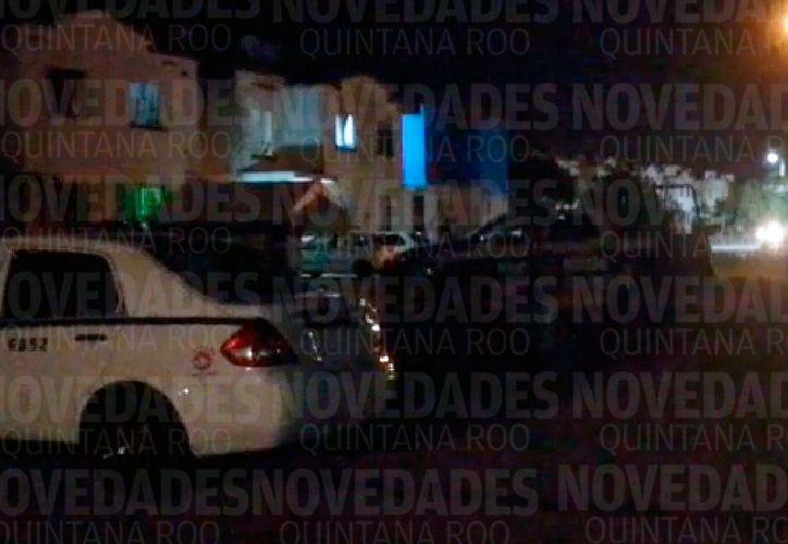 El hombre fue abandonado en la avenida Leona Vicario. (Redacción)