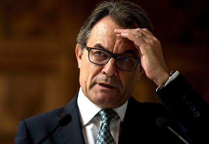 Artur Mas será sometido a juicio por desobediencia grave, informó un tribunal en España. (Archivo/AP)