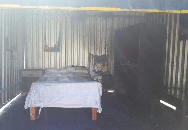Los muebles sufrieron quemaduras muy superficiales, con el nuevo sistema. ( Miguel Ángel Ortíz/SIPSE)