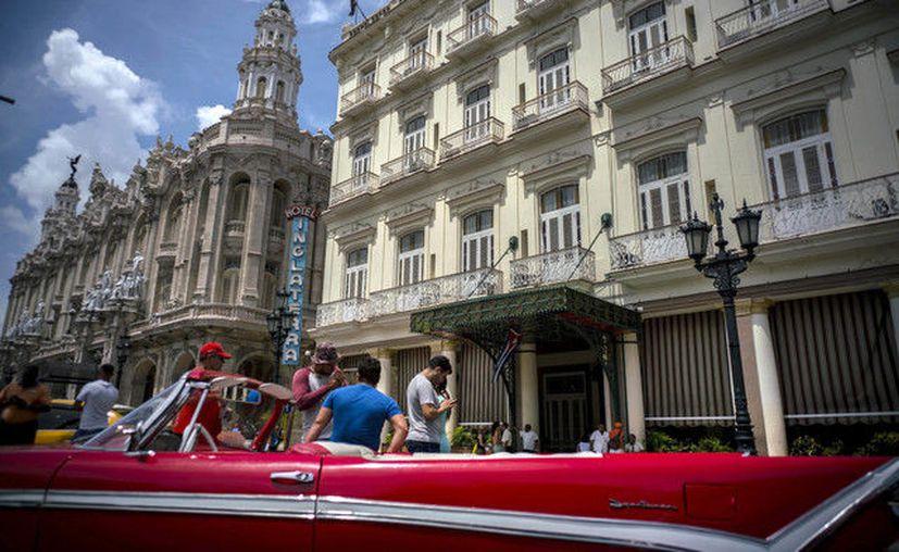 La OMT condena que Estados Unidos retome las restricciones de viajes a Cuba. (La Jornada)
