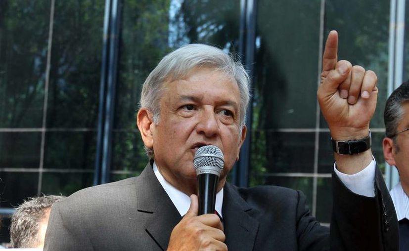 Andrés Manuel López Obrador, presidente del consejo nacional de Morena, ofreció una alianza con la sección 22 de la CNTE de Oaxaca y hasta el momento no han aceptado. (Archivo/SIPSE)