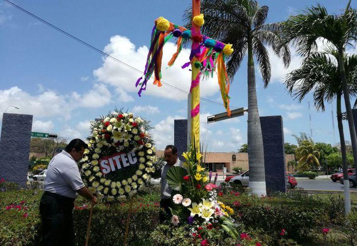 En las construcciones que se realizaron después del huracán Wilma, 284  albañiles murieron  por accidentes de trabajo debido a que no contaban con Seguro Social Médico. (Jesús Tijerina).