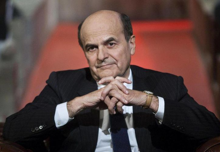 Bersani conduce lejos de la televisoras sus consultas. (www.giornalettismo.com/Archivo)