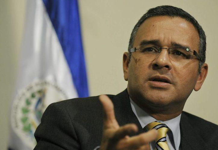 El presidente salvadoreño, Mauricio Funes, asegura que su gobierno sigue combatiendo el pandillerismo. (EFE)