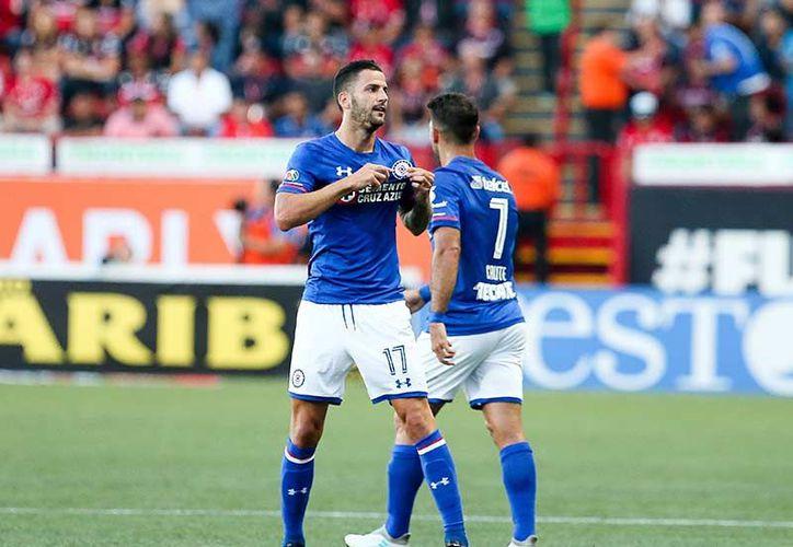 Edgar Méndez se estrenó en el futbol mexicano con un doblete. (Mexsport)