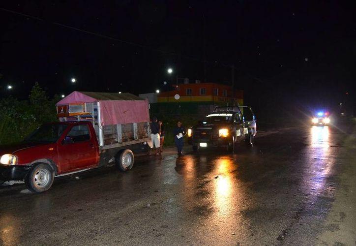Por la imprudencia del conductor de una camioneta, Rolando terminó en el pavimento. (Redación/SIPSE)