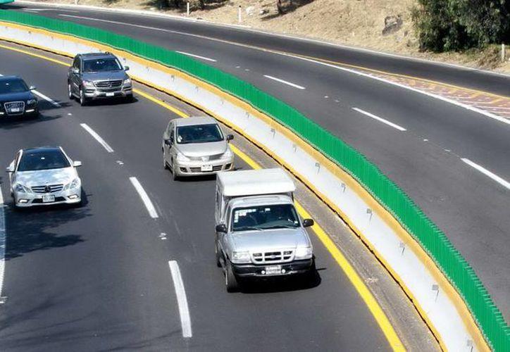 Propondrán que los vehículos importados de manera irregular sean sujetos a verificación. (Archivo/SIPSE)