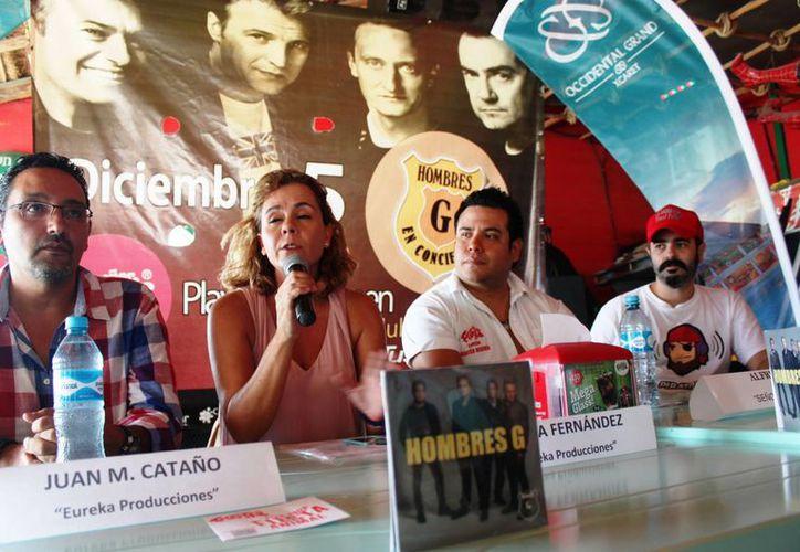 En conferencia de prensa los organizadores dieron a conocer el anuncio oficial de la realización del concierto. (Daniel Pacheco/SIPSE)